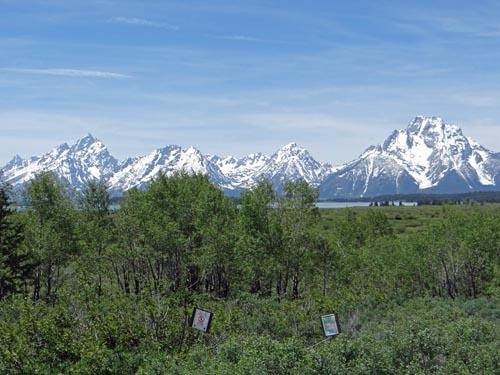 008 Grand Teton left Mt. Moran right