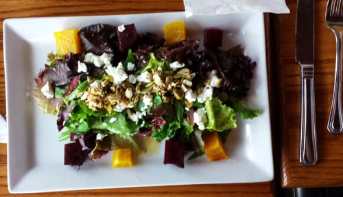 019 lunch roasted beet salad