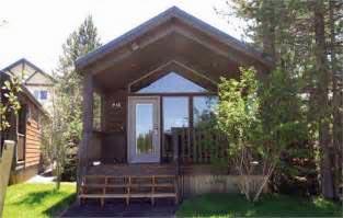 030 Explorer cabins